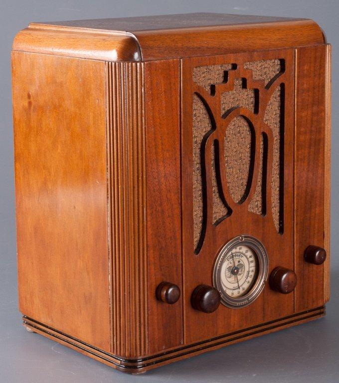 1930s Crosley Model 605 Tombstone Radio