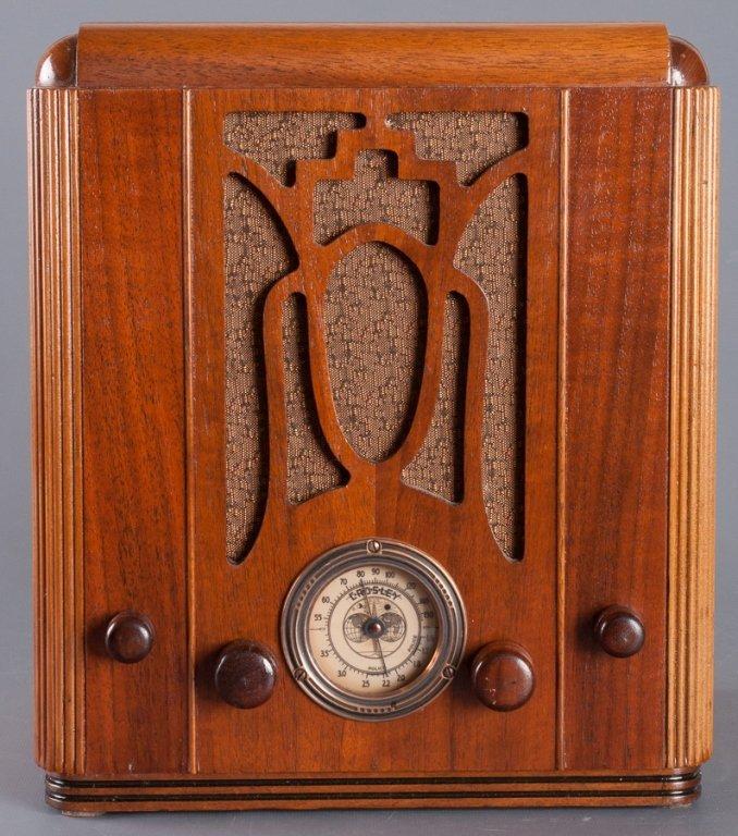 1930s Crosley Model 605 Tombstone Radio - 2