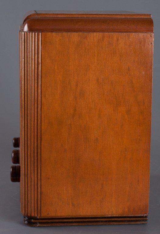 1930s Crosley Model 605 Tombstone Radio - 3