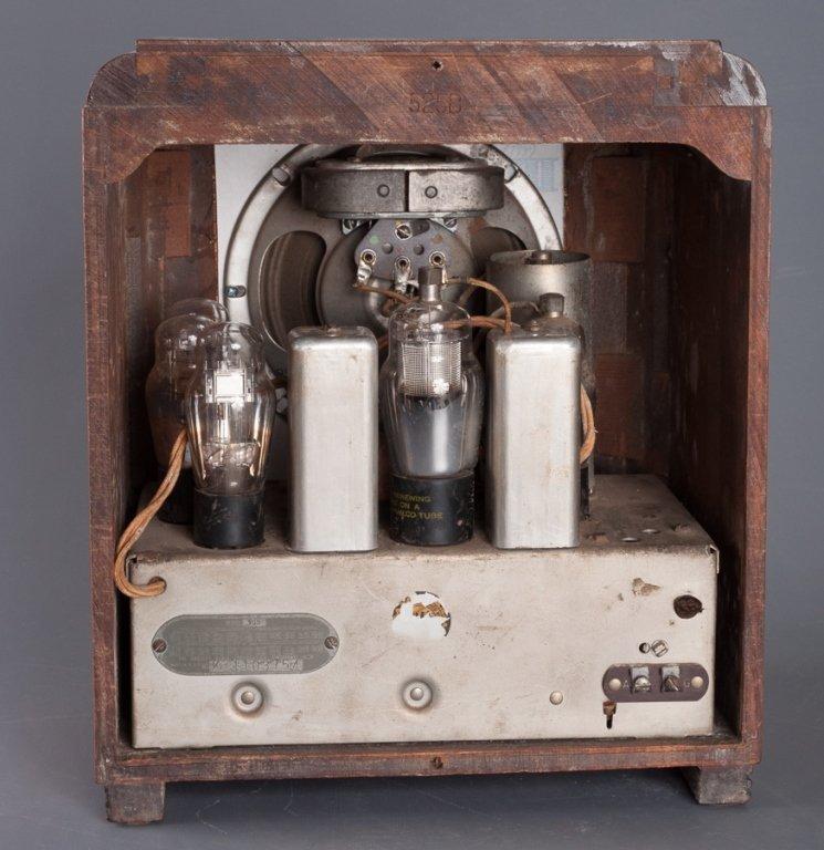 1930s Crosley Model 605 Tombstone Radio - 4