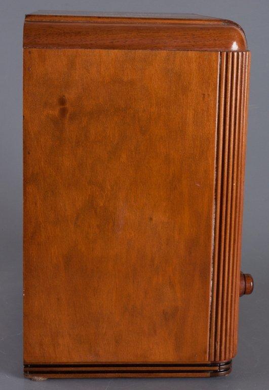 1930s Crosley Model 605 Tombstone Radio - 7