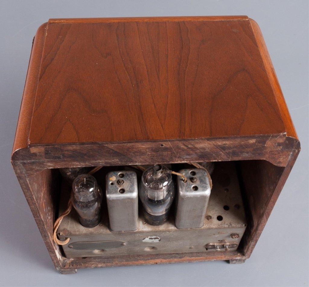 1930s Crosley Model 605 Tombstone Radio - 8