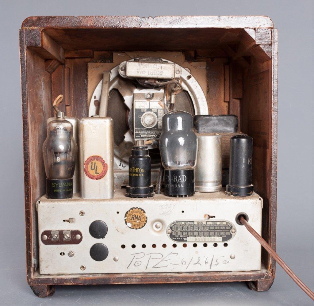 1930s Crosley Model 555 Tombstone Radio - 5