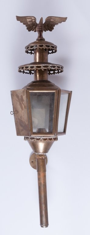 Brass Carriage Style Lamp