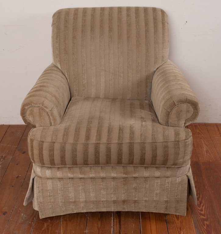 Broyhill Club Chair - 2