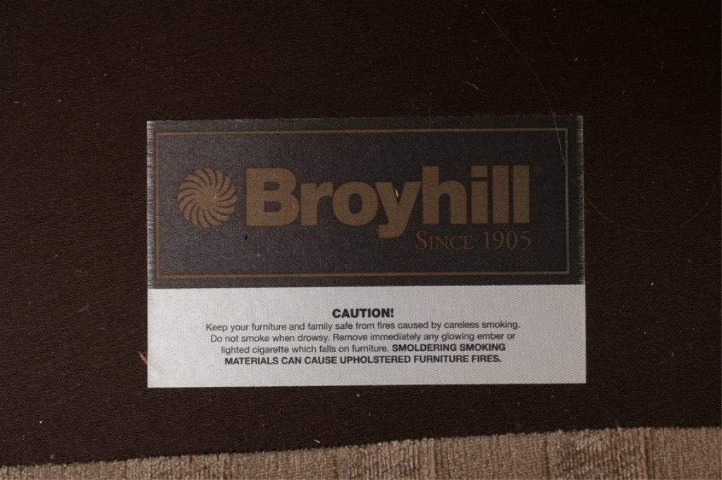 Broyhill Club Chair - 3