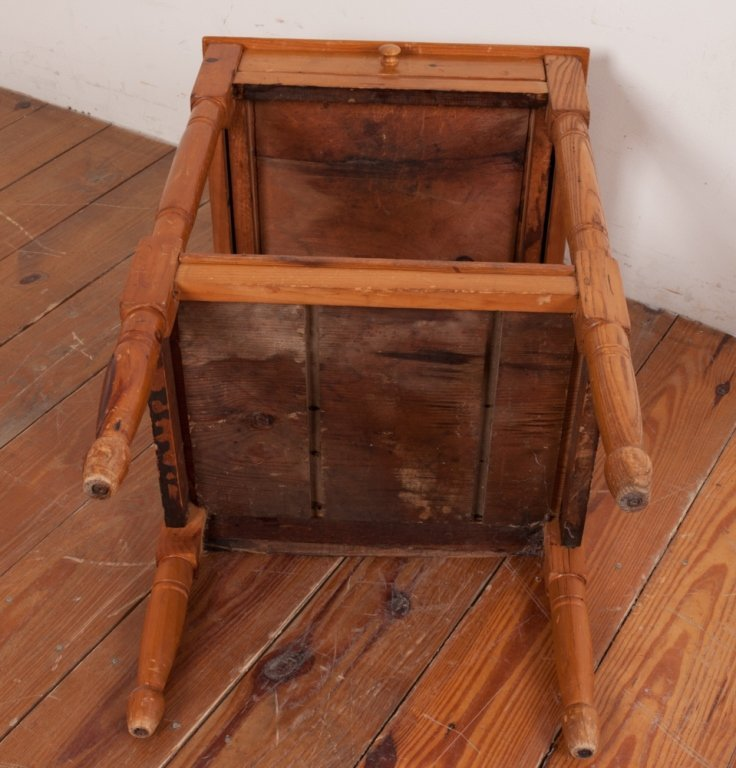 Country Pine Wash Stand - 7