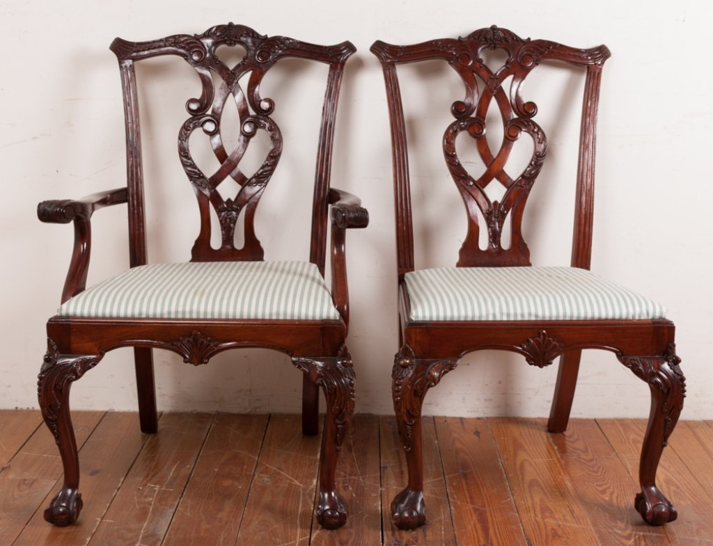 Queen Anne Style Dining Room Chairs - 4