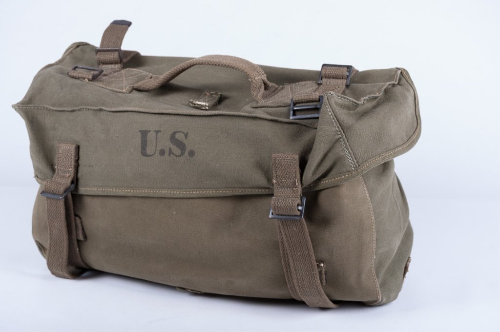 Military Cargo Pack with Accessories, Six (6)