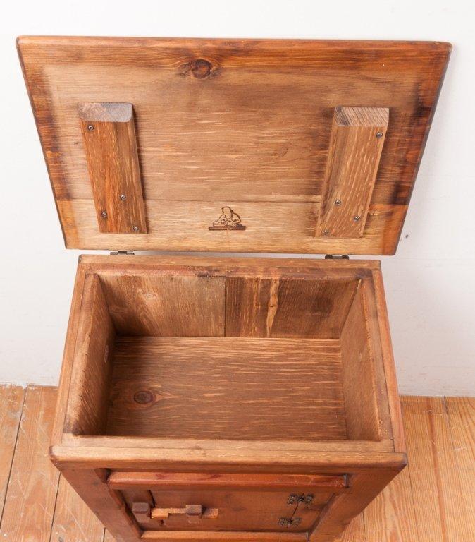 Habersham Plantation Pine Ice Box - 4