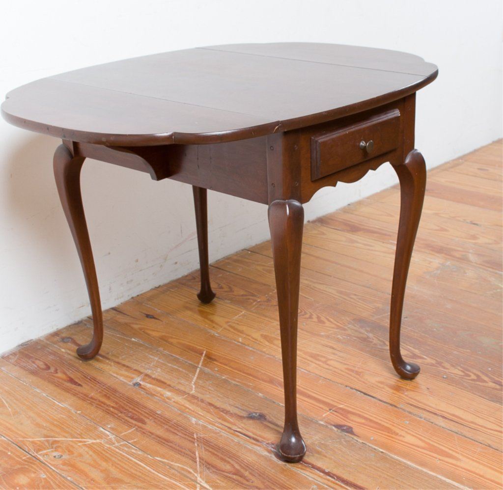 Hitchcock Queen Anne Style Butterfly Table - 3