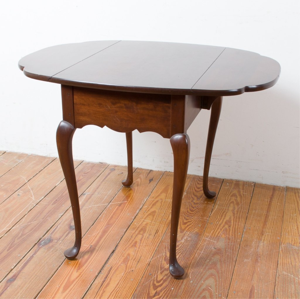 Hitchcock Queen Anne Style Butterfly Table - 6