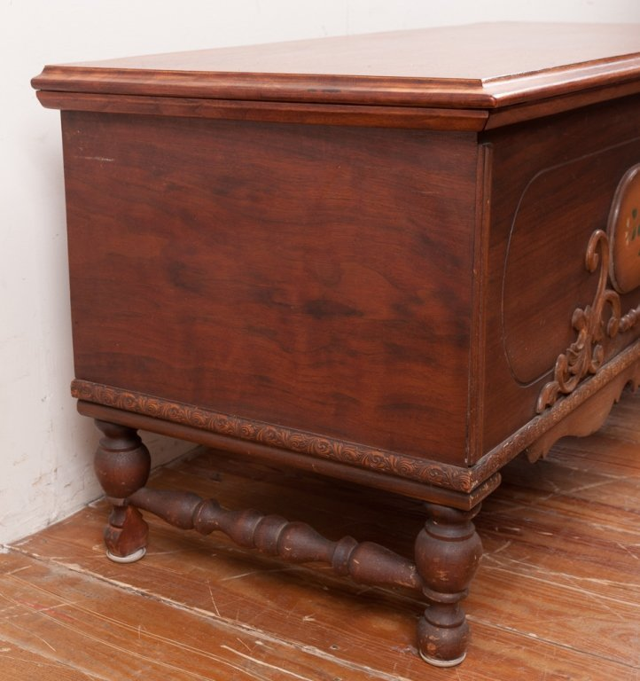 Connersville Cabinet Company Trunk - 8