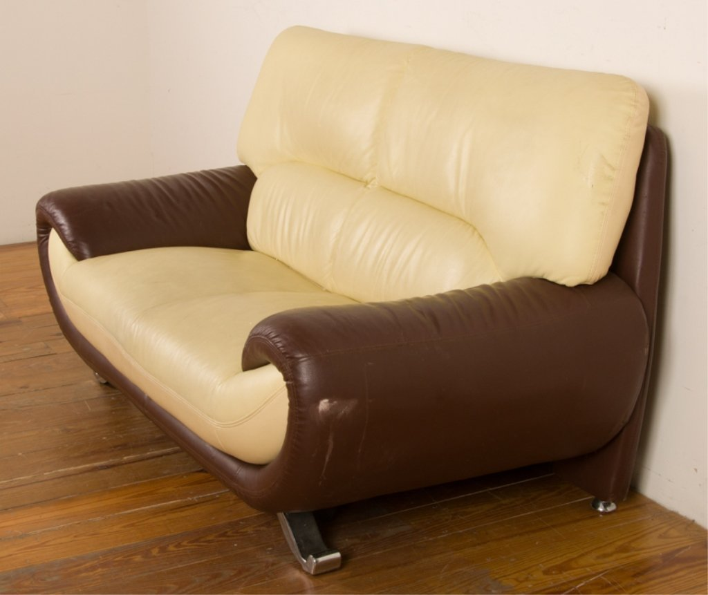 Leather Two-Toned Contemporary Loveseat