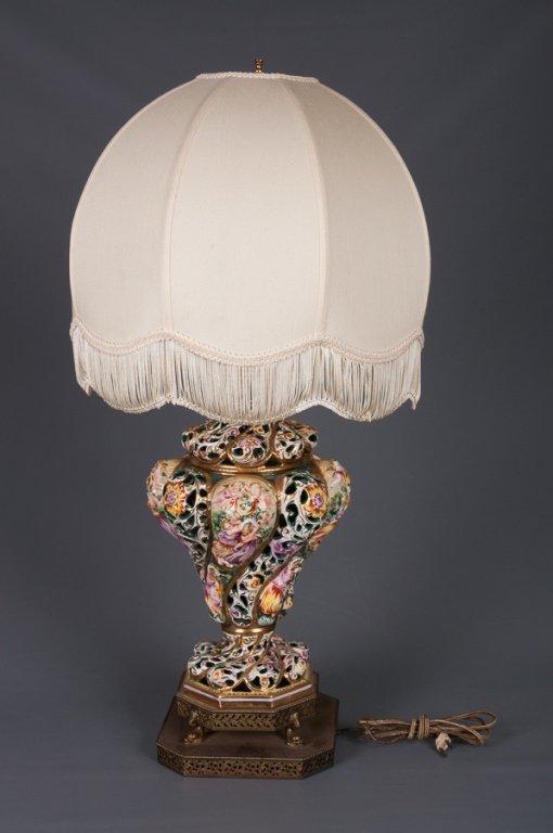 Capodimonte Figural Lamp - 2