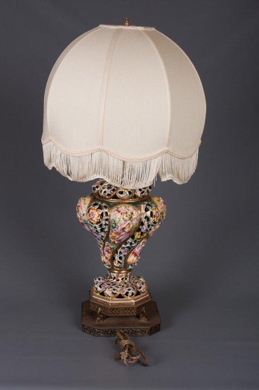 Capodimonte Figural Lamp - 3