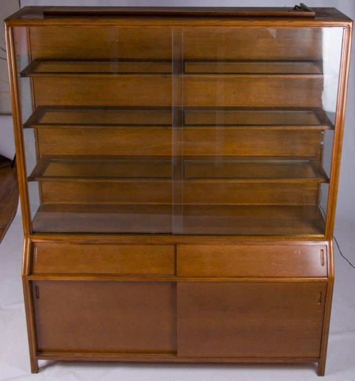 Romweber Oak China Cabinet - 6