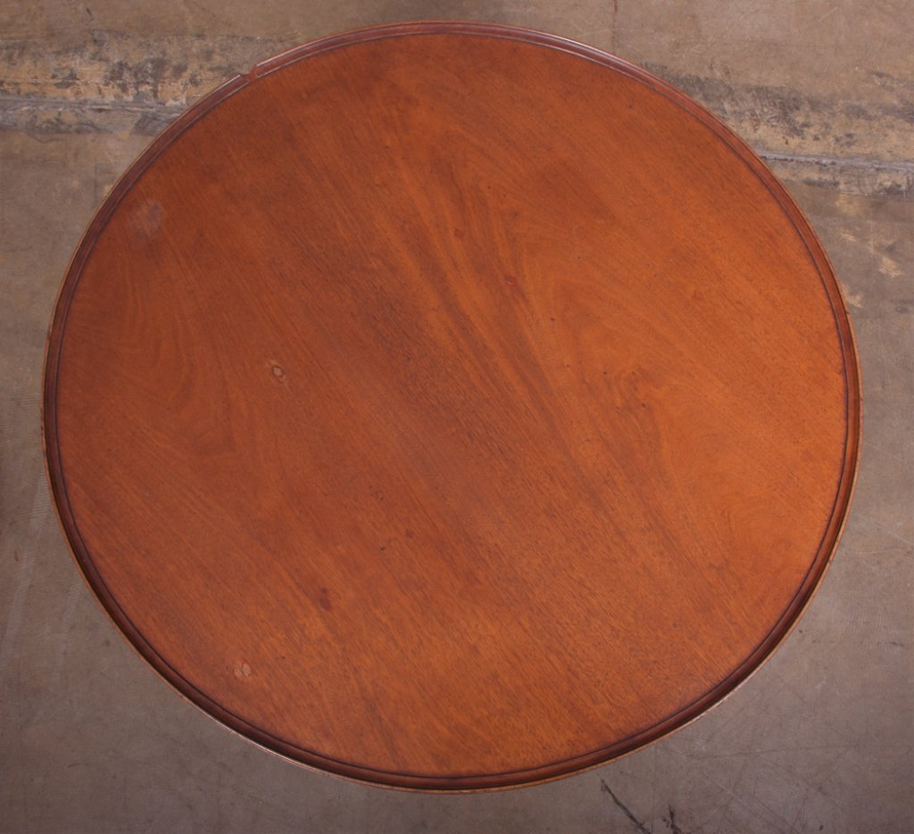 Tilt Top Tea Table, Walnut,  Circa 1700s - 8