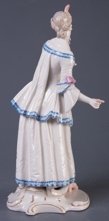 Nymphenburg Lucinda Figure - 4