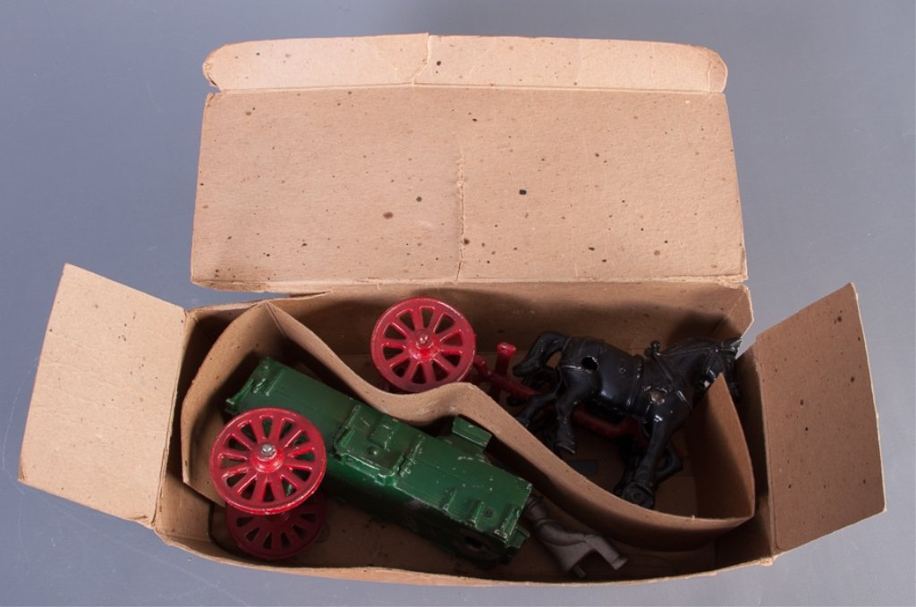 Stanley Toys Cast Iron Horse Drawn Farm Wagon - 3