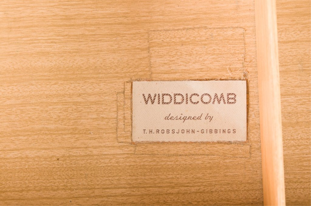 Robsjohn-Gibbings Widdicomb Combination Hutch - 3
