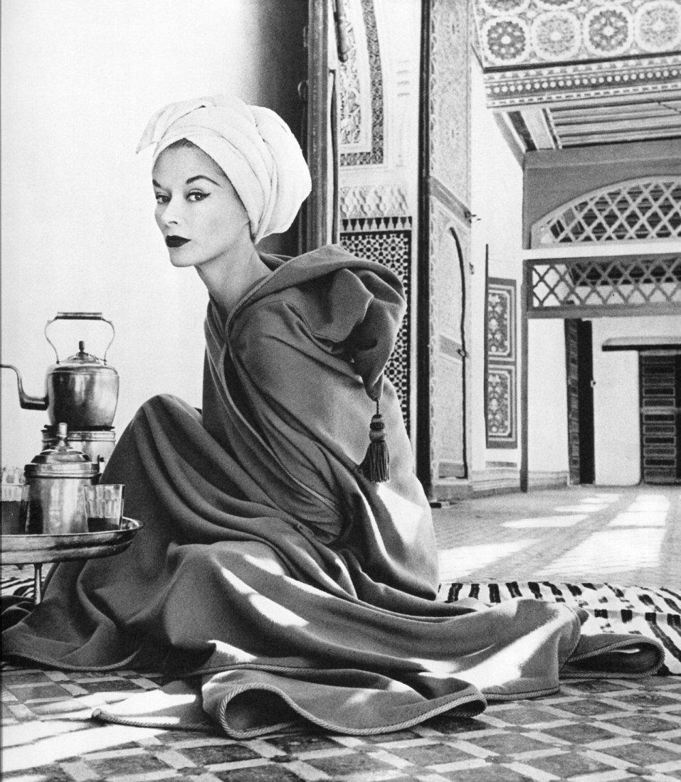 Irving Penn - Lisa in Marrakech - PhotoGravure