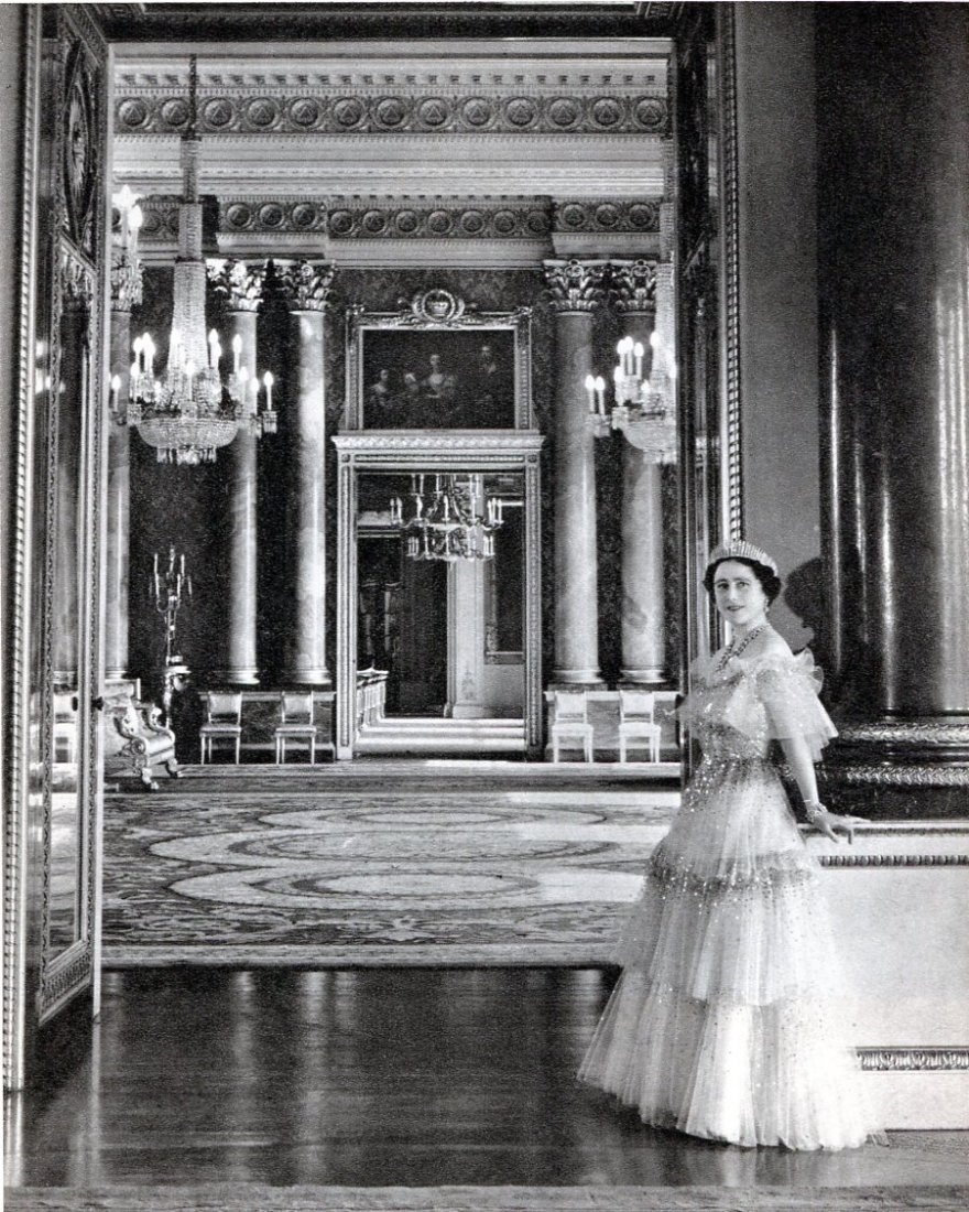 Cecil Beaton - The Queen at Buckingham Palace