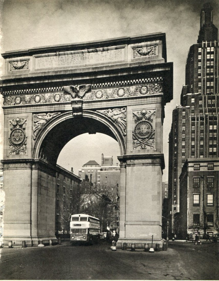 Abbot, Bernice - Washington Arch, NYC