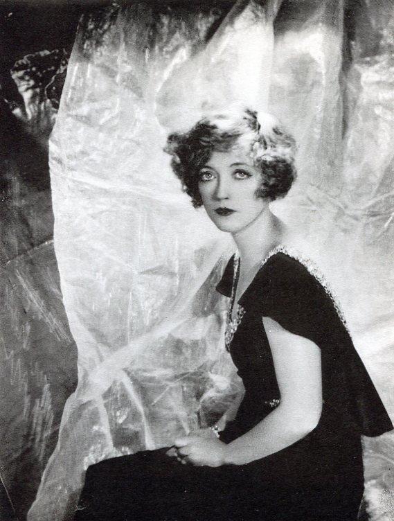 Beaton, Cecil - Miss Marian Davies