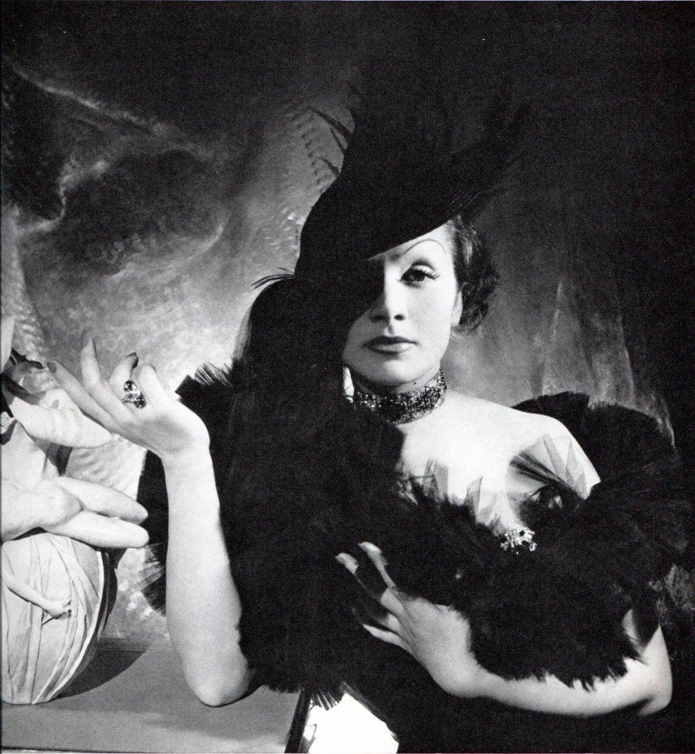 Beaton, Cecil - Marlene Dietrich, NYC 1935