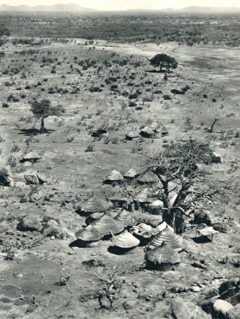 Bernatzik, H.A - Plain for Mt Talodi, Africa