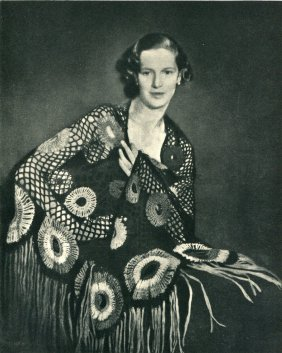 Campbell, Helen Frps - Shawl With Circles