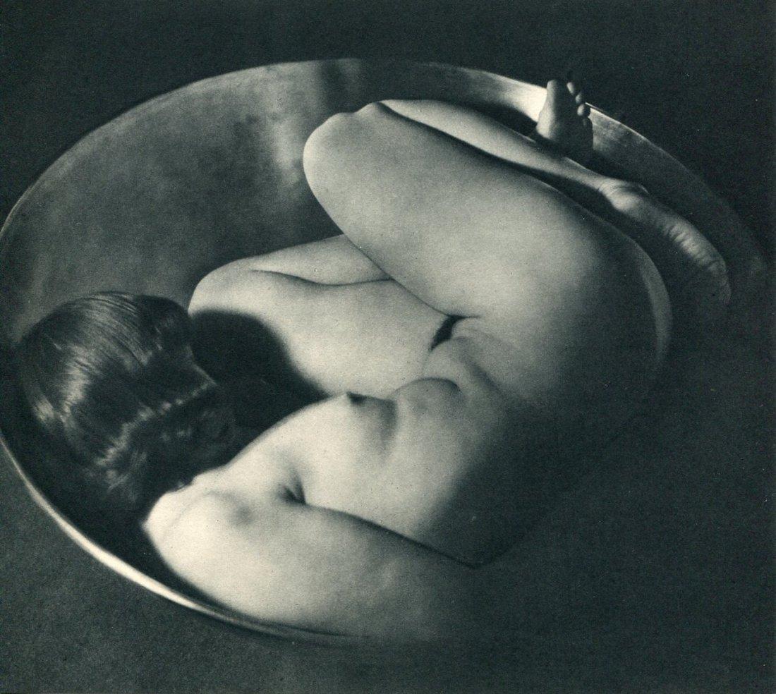 Bernhard, Ruth - Nude