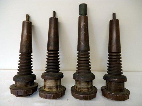 4 Large Insulators