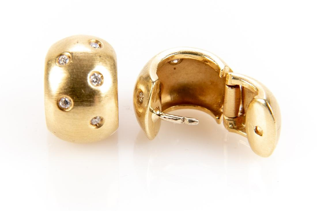 18K Gold And Diamond Earrings - 6