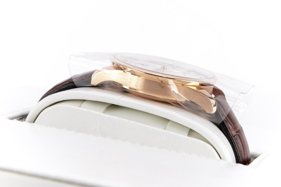 International Watch Co. 18K Rose Gold Watch With Case - 3