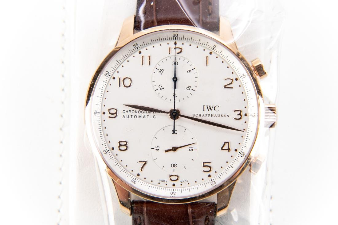 International Watch Co. 18K Rose Gold Watch With Case - 7