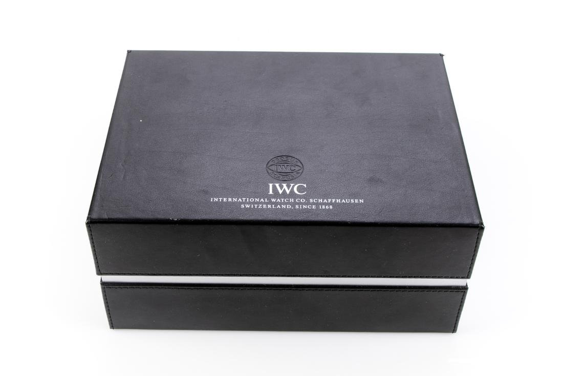 International Watch Co. 18K Rose Gold Watch With Case - 9