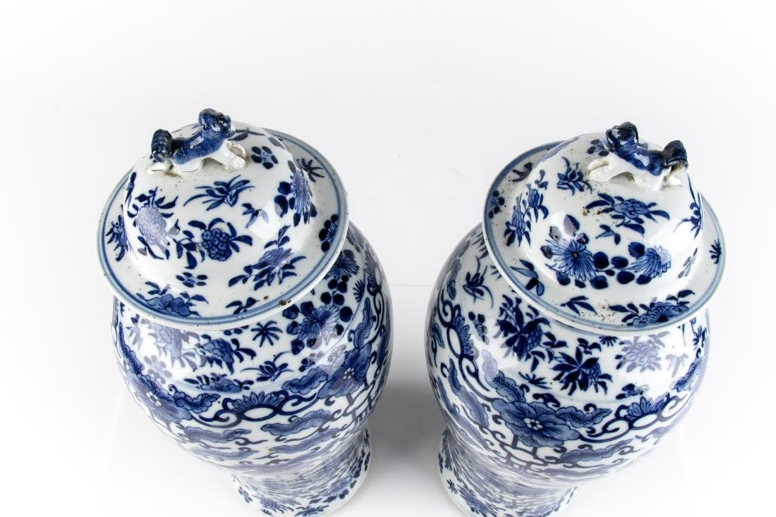Pair Of Antique Chinese Blue & White Ginger Jars - 4