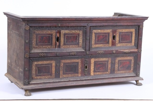 CONTINENTAL CABINET, 18TH CENTURY
