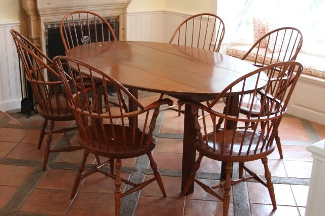 SET OF SIX TIGER MAPLE WINDSOR DINING CHAIRS