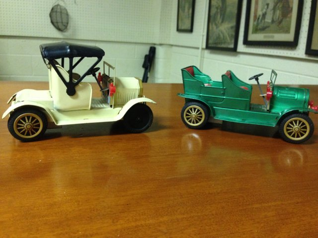 Lot of two vintage Japanese made toy friction cars