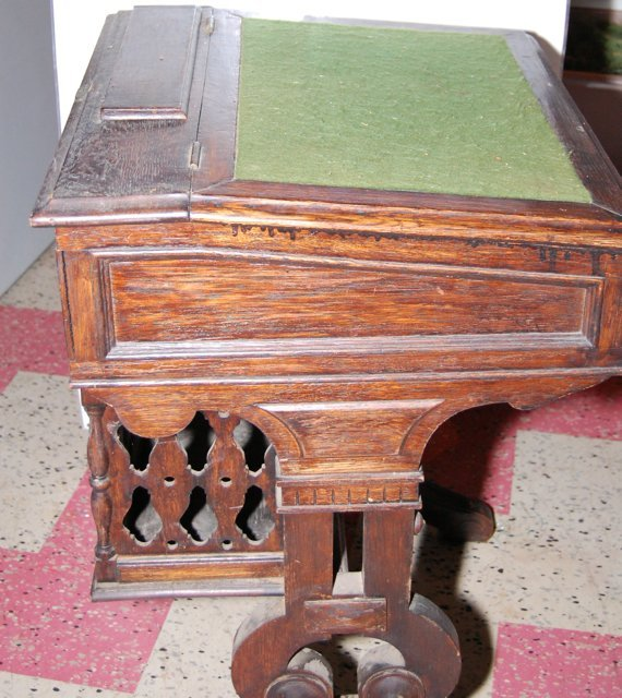 Victorian Adult Student Desk