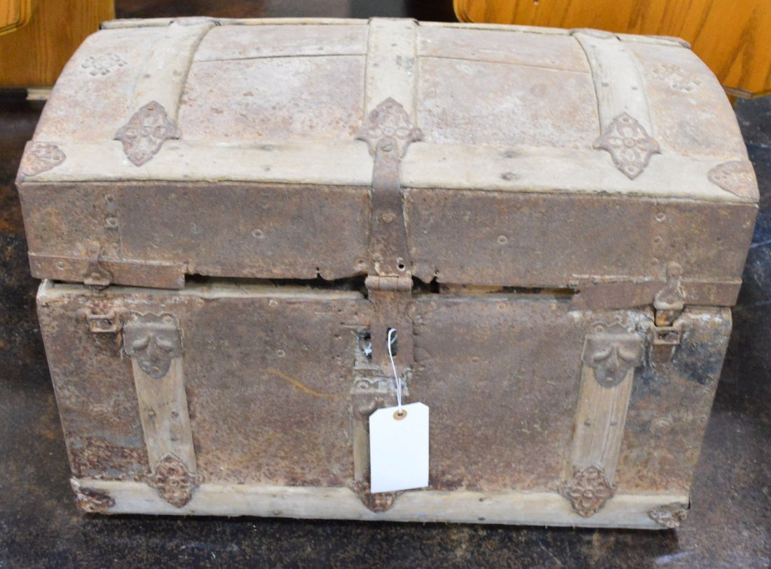 Antique Wood & Metal Trim Trunk