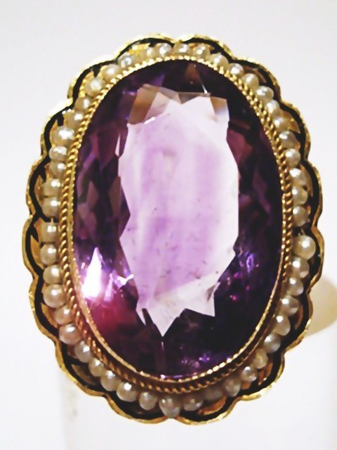 18K GOLD RING WITH A GREAT AMETHYST. CIRCA 1880