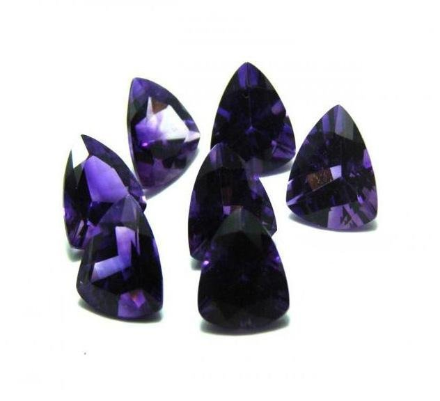 Loose Amethyst Triangle Shaped 26.98CT