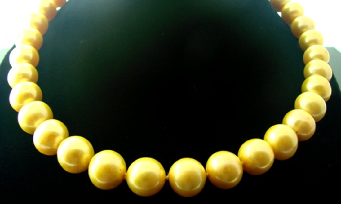 "Golden South Sea Pearl 12.5 mm Necklace 18""inch"