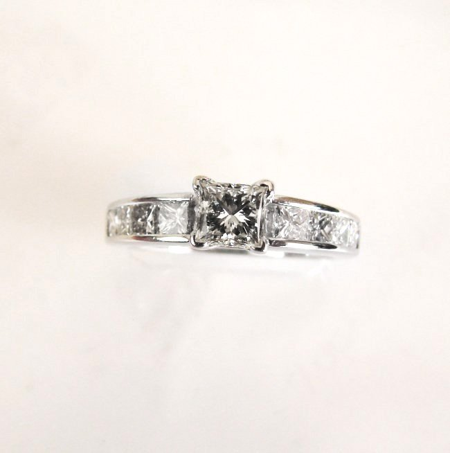Engagement Diamond Ring 1.70Ct 14k W/G