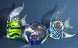 3PC ART GLASS ANGEL FISH & AQUARIUM PAPERWEIGHT LOT XR