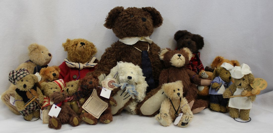 LOT 16 BOYDS & MAYFAIRE BEARS WITH TAGS EXCELLENT  XT